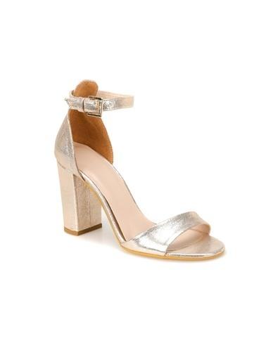 Butigo Ayakkabı Altın